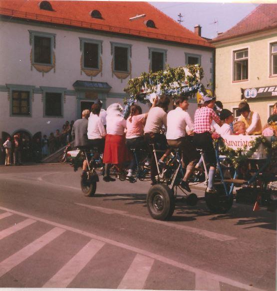 Volksfesteinzug 1982 ca.